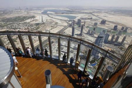 Burj Khalifa - At The Top - 124 floor